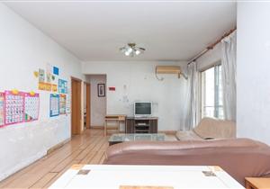 叠彩园三房放租只要4300,整个小区便宜的房子啦